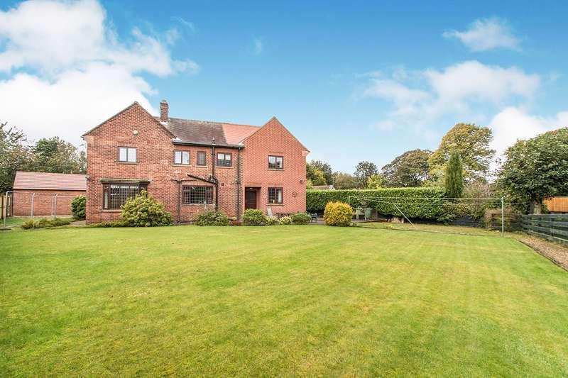 5 Bedrooms Detached House for sale in Rooms Lane, Morley, Leeds, West Yorkshire, LS27