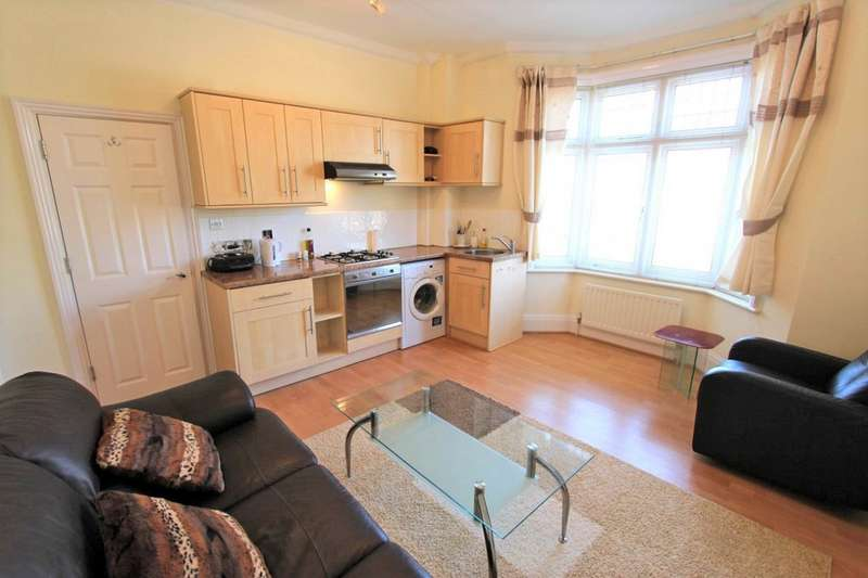1 Bedroom Apartment Flat for rent in Milton Road, Bournemouth BH8