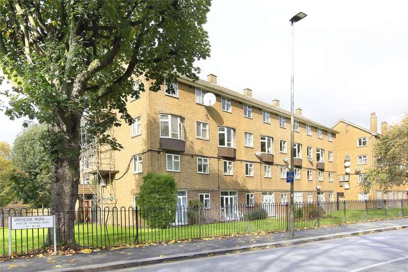 3 Bedrooms Flat for sale in Spencer Park, Wandsworth, London, SW18