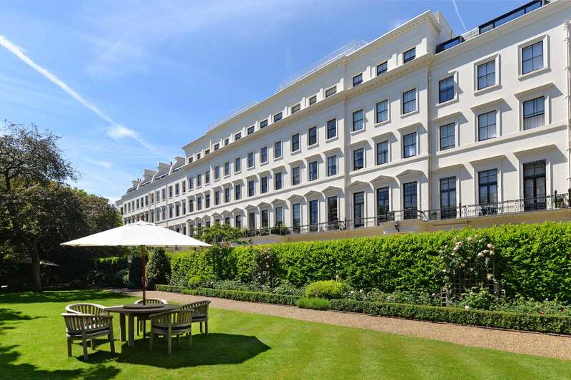 3 Bedrooms Apartment Flat for sale in Hyde Park Gardens, Hyde Park W2
