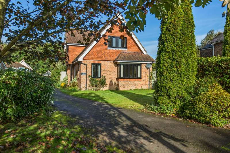 3 Bedrooms Detached House for sale in Hilders Lane, Edenbridge