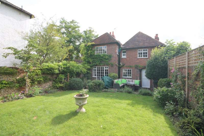 4 Bedrooms Detached House for sale in High Street, Wargrave, RG10
