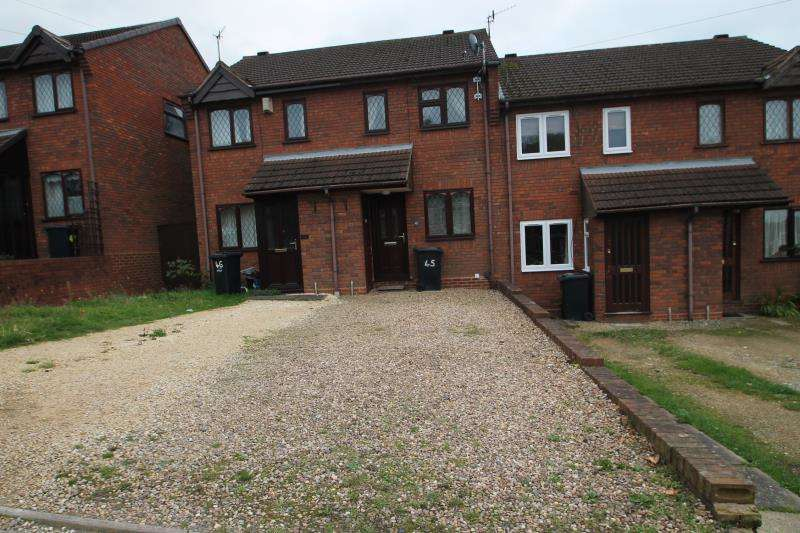 2 Bedrooms Terraced House for rent in Belmont Road, Stourbridge, West Midlands, DY9