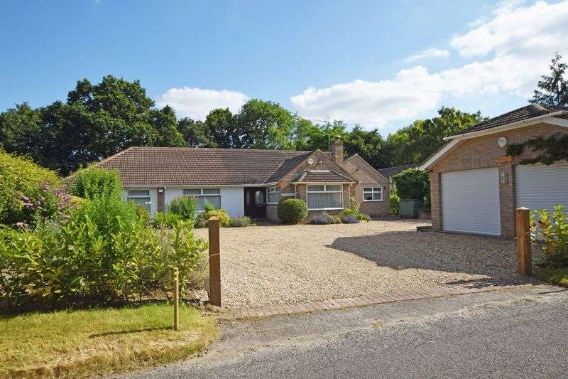 4 Bedrooms Property for sale in Isington Road, Isington, Alton, Hampshire