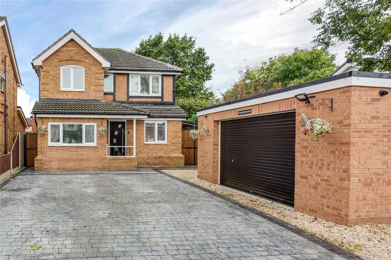 4 Bedrooms Detached House for sale in Kempton Drive, Dunsville, Doncaster, South Yorkshire, DN7
