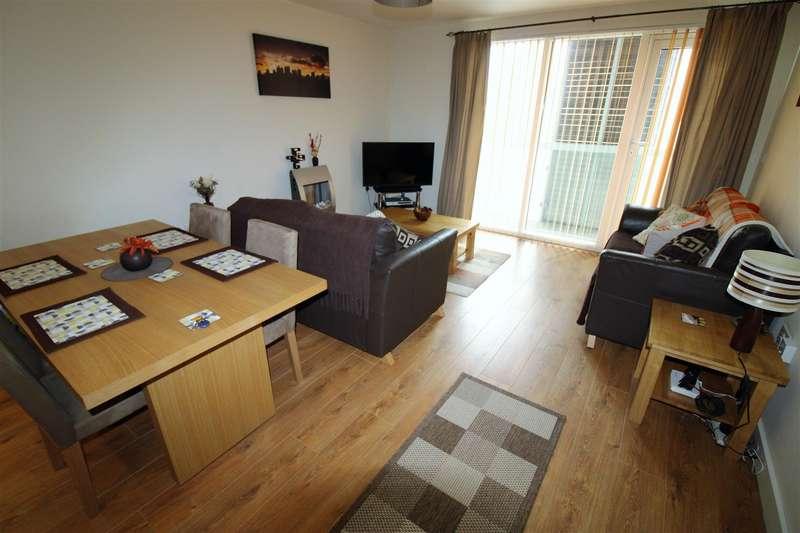 2 Bedrooms Flat for sale in Bradshawgate, Bolton