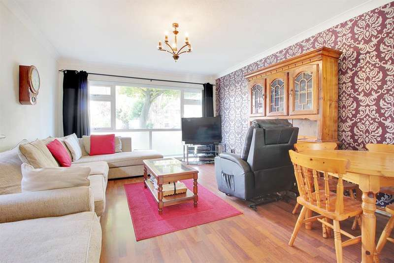 2 Bedrooms Maisonette Flat for sale in Manor Road, Sidcup, Kent, DA15 7HU