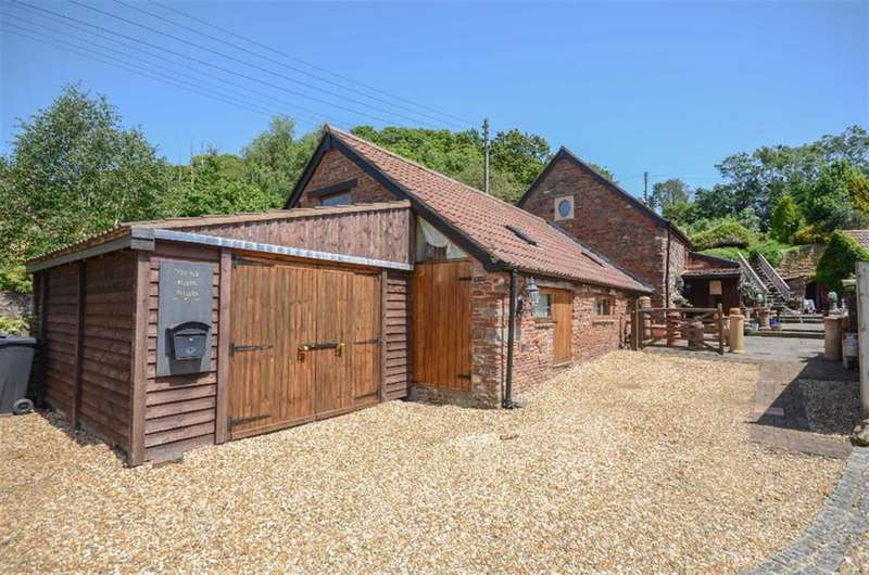 4 Bedrooms Detached House for sale in Moorend Road, Hambrook, Bristol, BS16 1SP