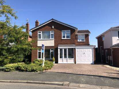 4 Bedrooms Detached House for sale in Woodridge Avenue, Marford, Wrexham, Wrecsam, LL12