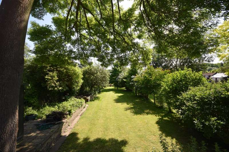 5 Bedrooms Semi Detached House for sale in Strawberry Vale, Twickenham