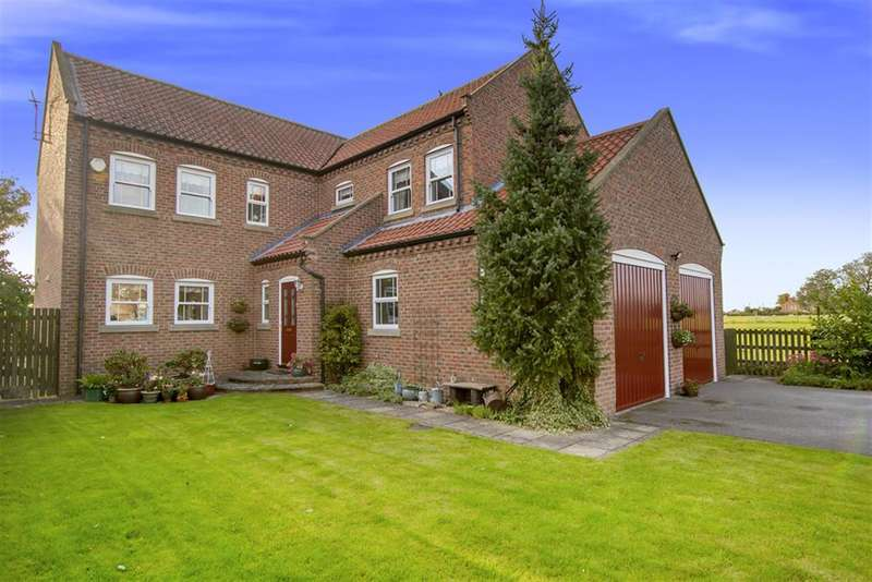 4 Bedrooms Detached House for sale in High Street, Willingham By Stow, Gainsborough, DN21 5JZ