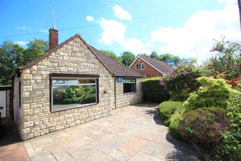 2 Bedrooms Detached Bungalow for sale in Blackcarr Road, Manchester, M23 1PN