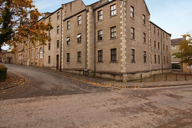 1 Bedroom Flat for sale in Equitable House, Lancaster, Lancashire, LA1 1GX