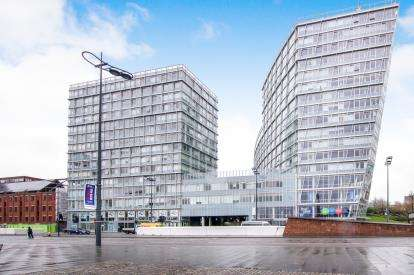 2 Bedrooms Flat for sale in Strand Street, Liverpool, Merseyside, L1