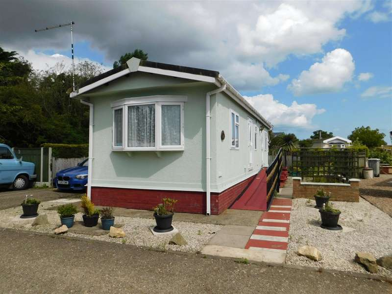 1 Bedroom Park Home Mobile Home for sale in Heron Close, Beacon Park Home Village, Skegness, PE25 1TE
