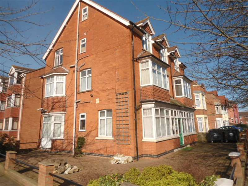 1 Bedroom Flat for rent in Rutland Road, Skegness, Lincolnshire , PE25 2AX
