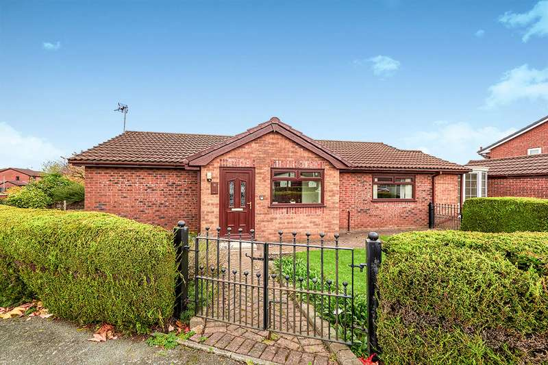 3 Bedrooms Detached Bungalow for sale in Stainton Road, Radcliffe, Manchester, M26