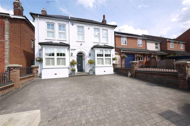 4 Bedrooms Detached House for sale in Coopers Hill, Ongar, Essex, CM5