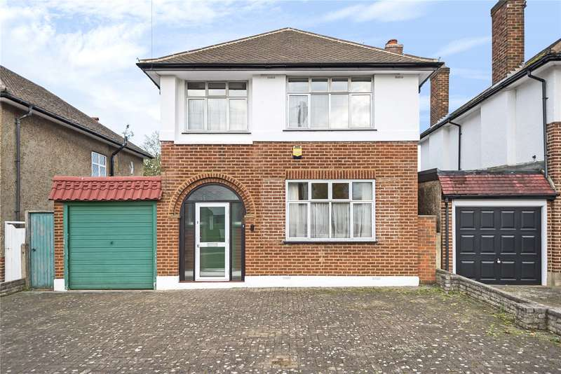 3 Bedrooms Detached House for sale in The Ridgeway, Ruislip, Middlesex, HA4