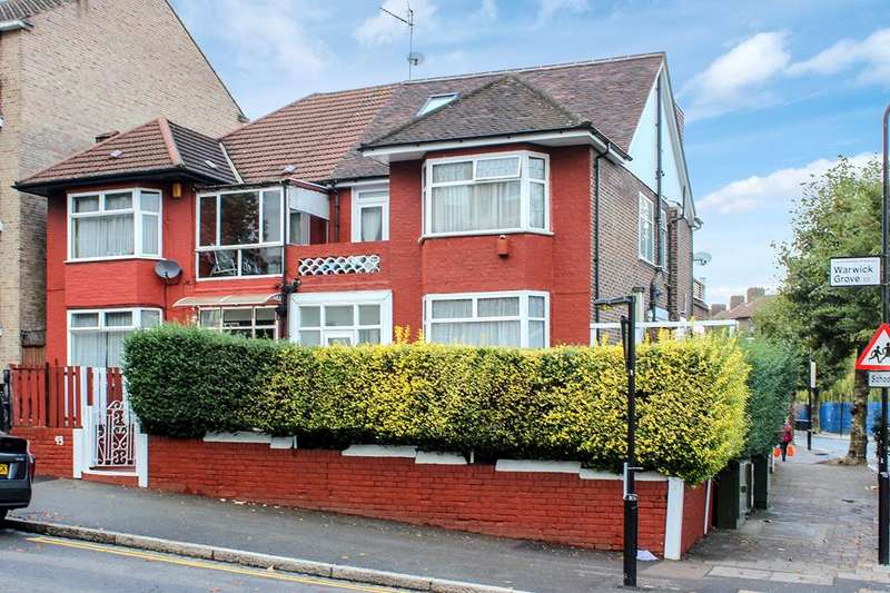 5 Bedrooms Semi Detached House for sale in Warwick Grove, London, E5