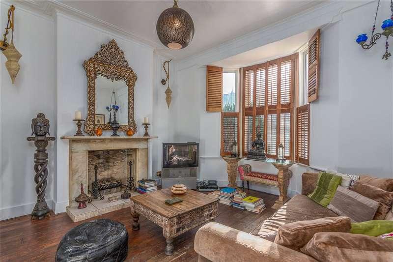 1 Bedroom Flat for sale in Truro Road, Wood Green, London