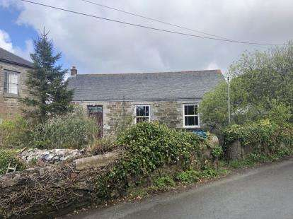 1 Bedroom Detached House for sale in Helston, Cornwall