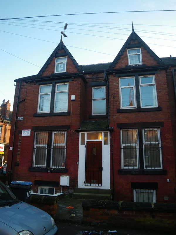 6 Bedrooms End Of Terrace House for rent in Pearson Grove, Hyde Park, Leeds