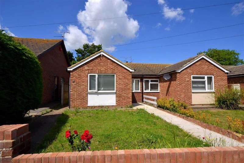 2 Bedrooms Semi Detached Bungalow for sale in Heathwood Drive, Ramsgate, Kent