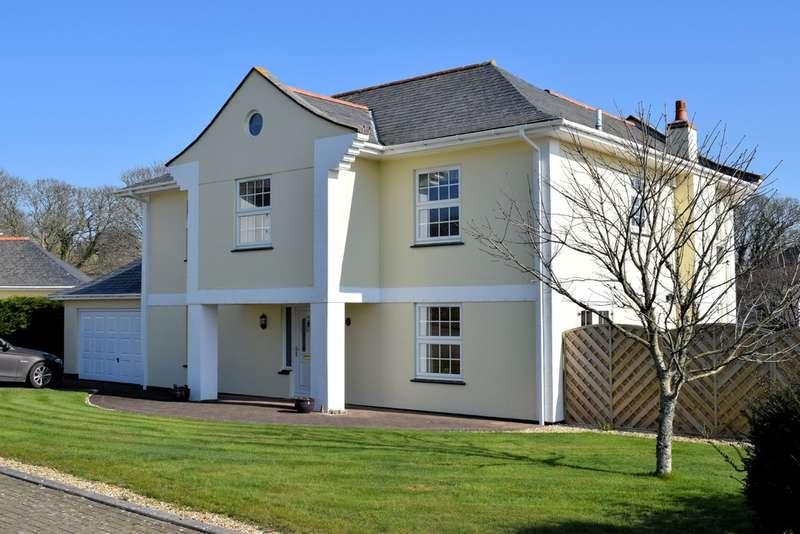 4 Bedrooms Terraced House for sale in Millennium Way, Helston, TR13