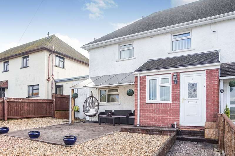 3 Bedrooms Semi Detached House for sale in Pleasant View, Maesycwmmer, Hengoed, CF82