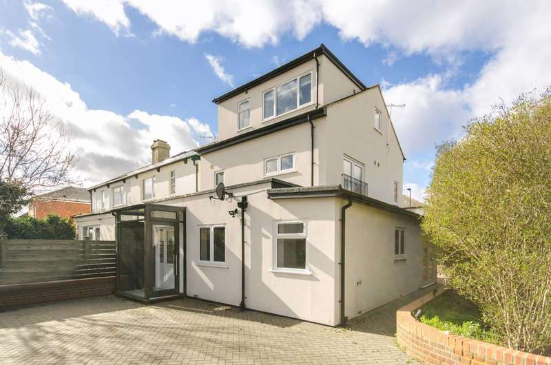 4 Bedrooms House for sale in Long Drive, Acton, W3