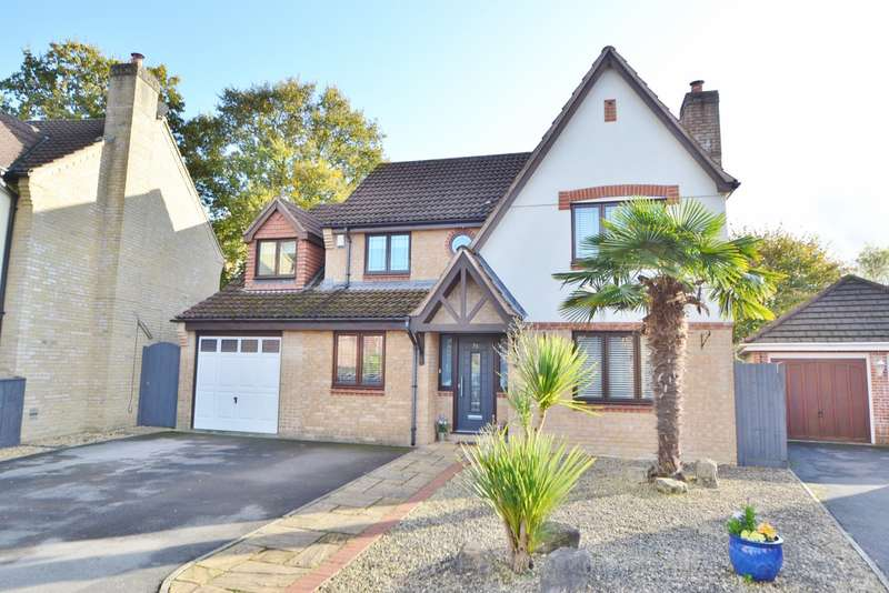 5 Bedrooms Detached House for sale in Verwood
