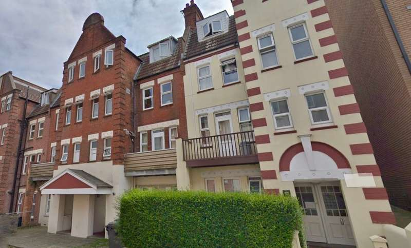 18 Bedrooms Land Commercial for sale in Carlton Lodge, Norwich Ave West, Bournemouth, Dorset, BH2 6AW