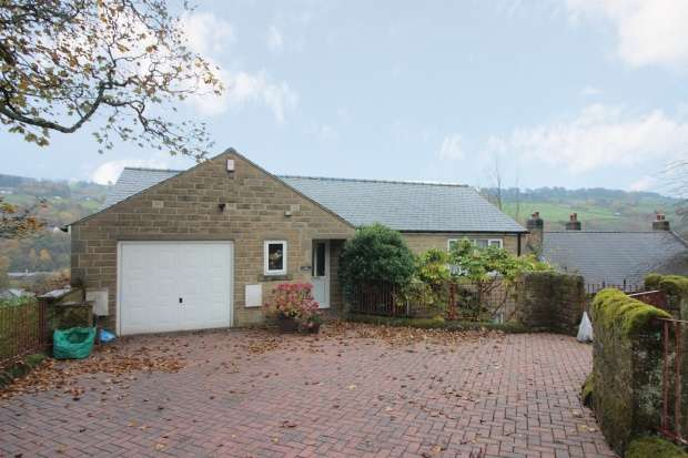 4 Bedrooms Detached House for sale in Haught End Lane, Sowerby Bridge, West Yorkshire, HX6 3BJ
