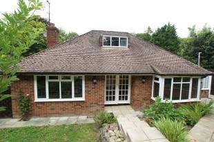4 Bedrooms Detached House for sale in Station Road, Crowhurst, Battle, East Sussex