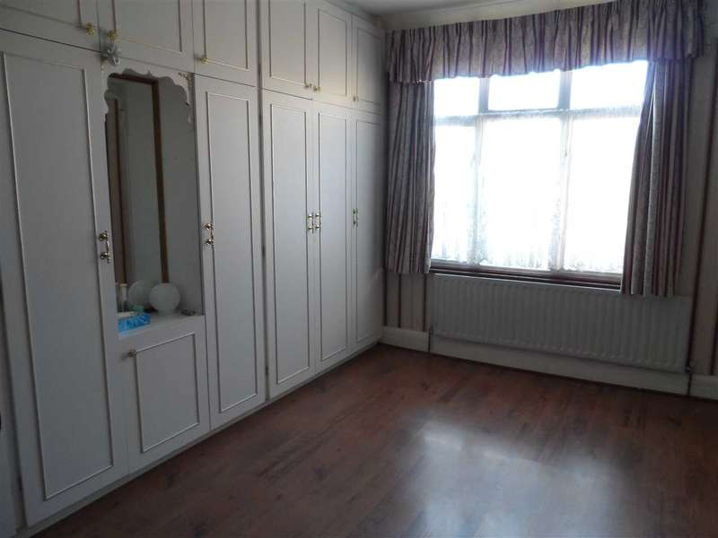 House Share for rent in Dormers Wells Lane, Southall