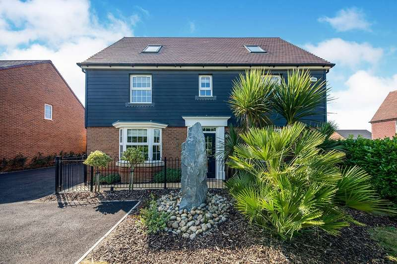 5 Bedrooms Detached House for sale in Stourmouth Road, Preston, Canterbury, Kent, CT3