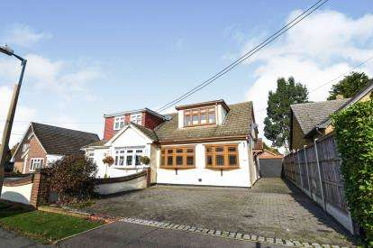 3 Bedrooms Semi Detached House for sale in Billericay, Essex, X