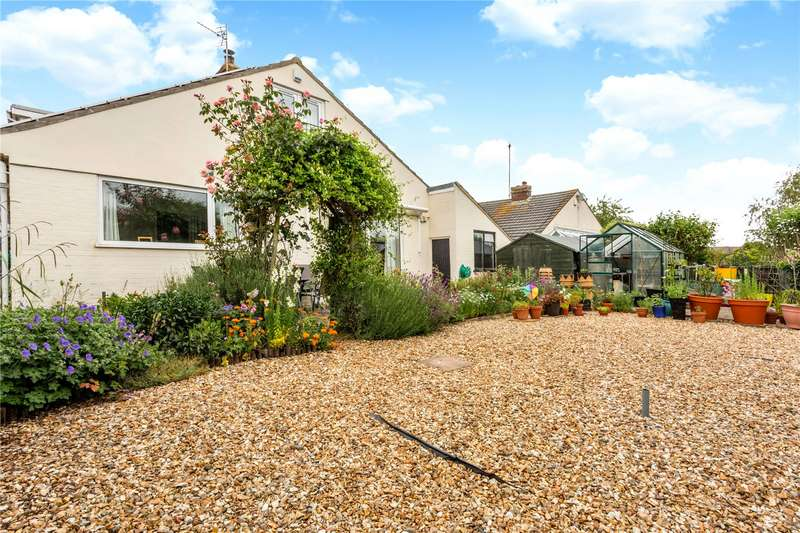 5 Bedrooms Detached House for sale in Crantock Drive, Almondsbury, Bristol, South Gloucestershire, BS32