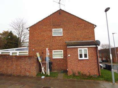 House for sale in Brussels Way, Luton, Bedfordshire, England
