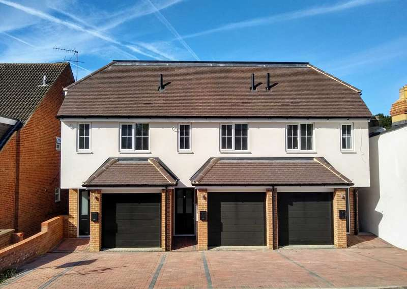 3 Bedrooms House for sale in BRAND NEW TOWNHOUSE in POPULAR BOXMOOR LOCATION