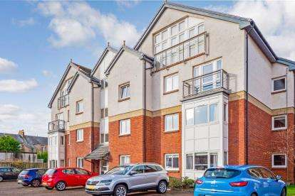 3 Bedrooms Flat for sale in Portland Street, Troon