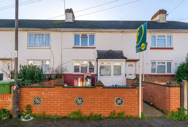 4 Bedrooms Terraced House for sale in Dalton Avenue, Mitcham, CR4