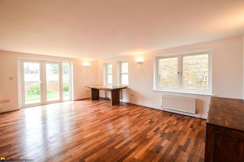 4 Bedrooms End Of Terrace House for rent in Underhill Road, London SE22