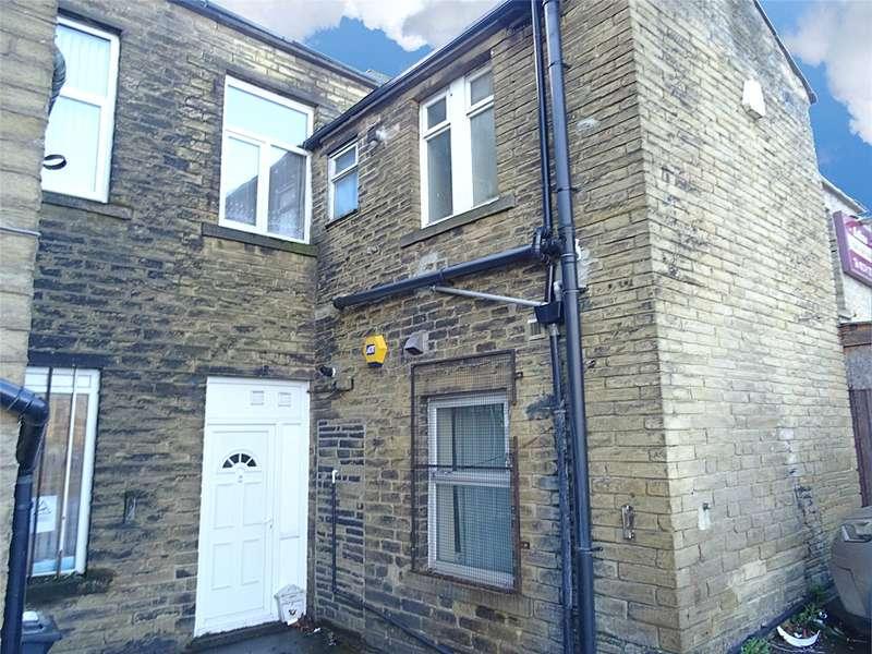 3 Bedrooms Flat for sale in Westgate, Bradford, West Yorkshire
