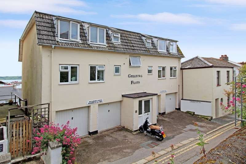 2 Bedrooms Apartment Flat for rent in Gyllyng Street Flats, Falmouth TR11