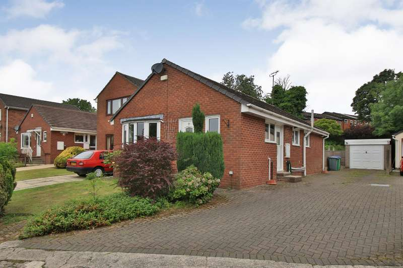 3 Bedrooms Detached Bungalow for rent in Tithe Barn Close, Hurstead, Rochdale, OL12 9QR
