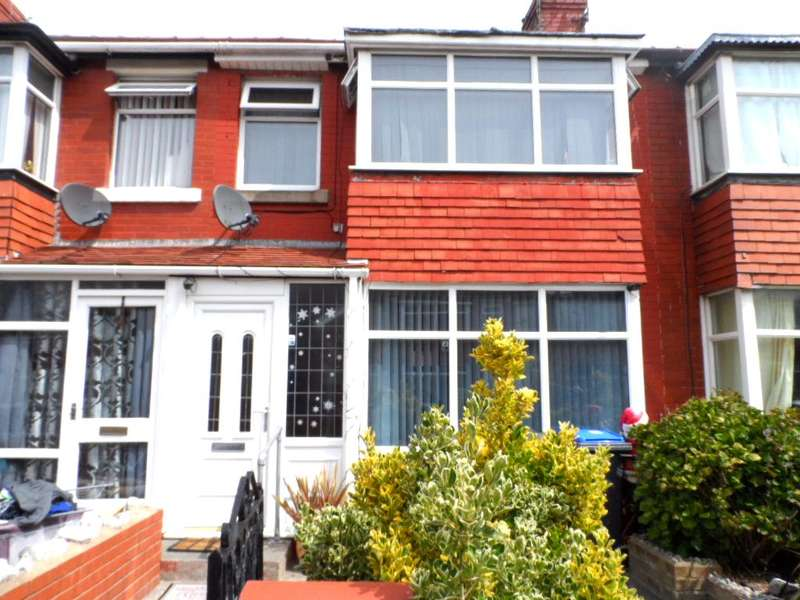 3 Bedrooms Terraced House for sale in Fredora Avenue, BLACKPOOL, FY3 9NL