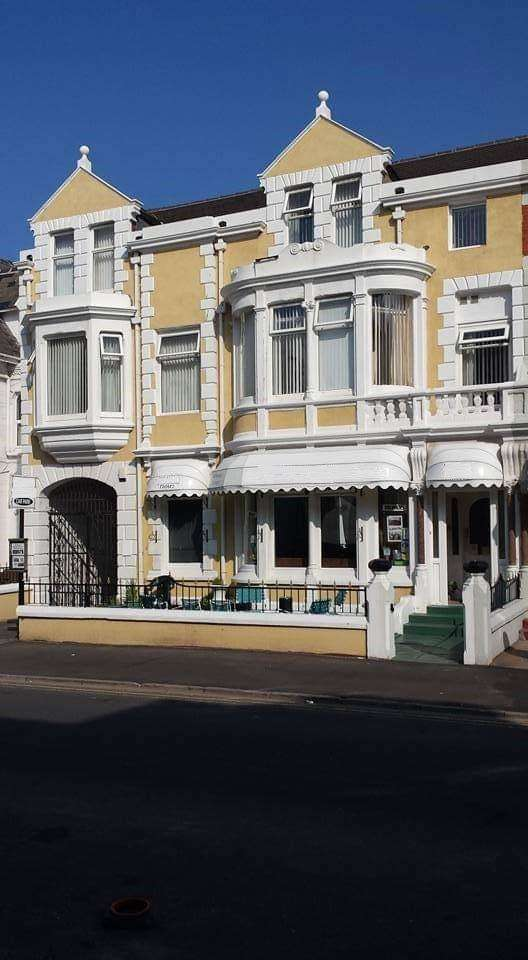 16 Bedrooms Hotel Commercial for sale in Alexandra Road, Blackpool, FY1 6BU