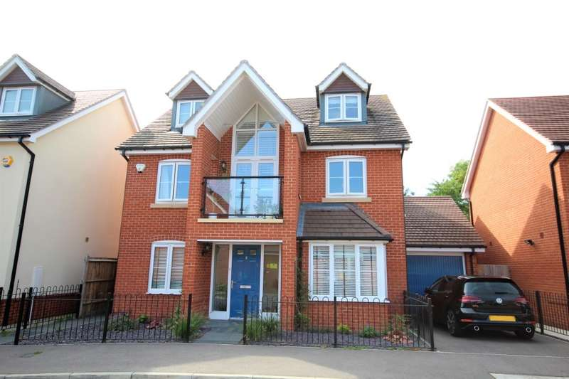4 Bedrooms Detached House for rent in Bluebell Crescent, Woodley, Reading, RG5